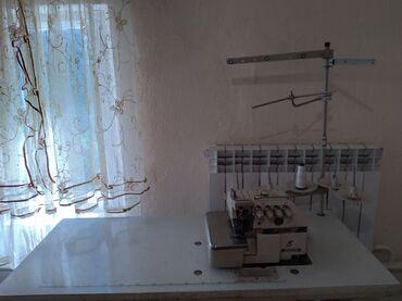 Электроника - Ивановка: Срочно продаю машинки в хорошем состояние пятинитка прямострочка