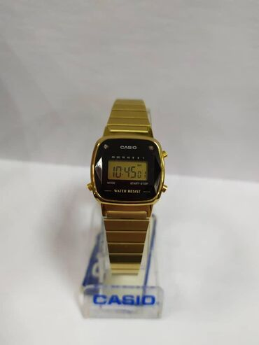 Золотистые Женские Наручные часы Casio