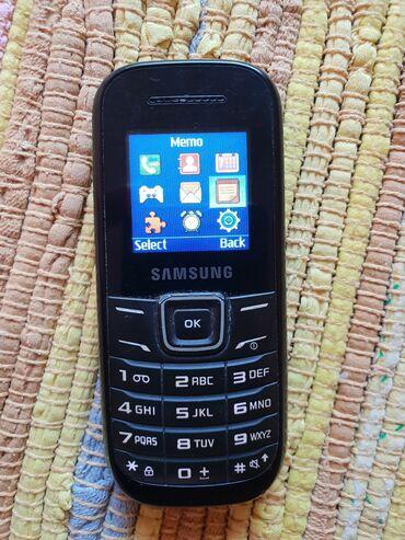Elektronika | Bela Crkva: Samsung GT-E1200,Telefon ocuvan,sve radi,dobra baterija,radi na sve