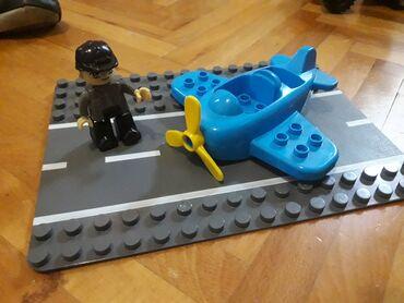 Rc avion - Srbija: Lego pista i avion