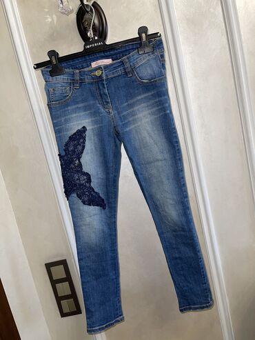 Продаю джинсы на девочку Размер 4-5лет Цена 1000с за все