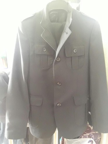 Продаю костюм  Турецкий, отличном состоянии. на 10-13 лет. в Бишкек