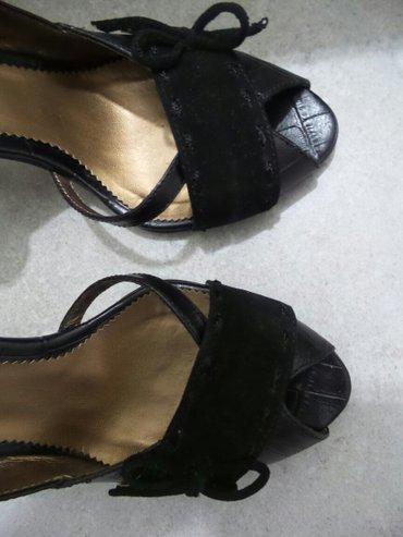 Ženske cipele na štiklu,crne boje,broj 35. Obuvene su dvaput,u - Beograd - slika 4