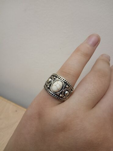Украшения - Нарын: Красивое и компактное кольцо для всех особей женского пола. Подойдёт