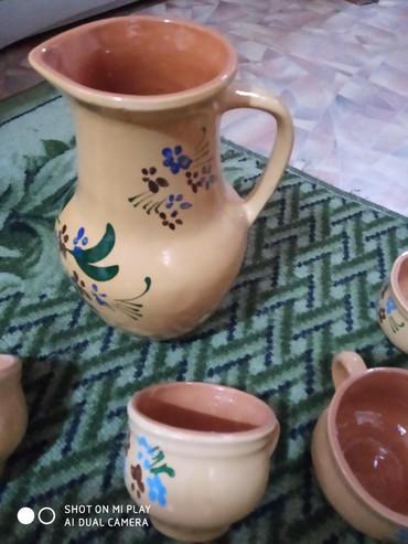 Советский графин и четыре чашки. керамика не пользовались