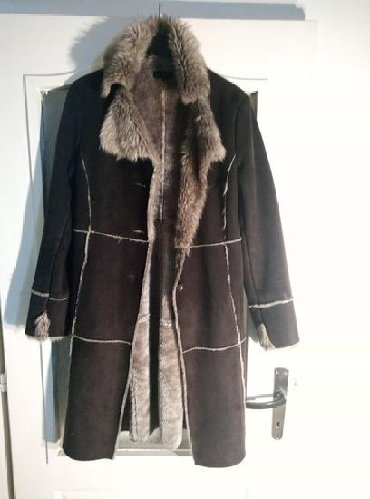 Krzneni kaputi - Kovacica: Bunda kao nova, samo jednom obucena, dobijena na poklon, topla i lepa