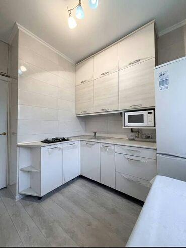 скупка мебели бу бишкек в Кыргызстан: 105 серия, 2 комнаты, 60 кв. м Бронированные двери, Дизайнерский ремонт, Лифт