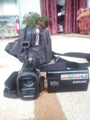 видеокамера миниатюрная в Кыргызстан: Видеокамера самсунг 65х состояние идеальное почти новое