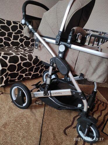 Детский мир - Токмок: Продается коляска в очень хорошем состоянии подходит как для