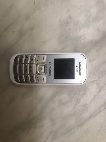 Samsung | ağ | İşlənmiş | Düyməli