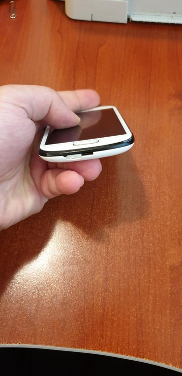 Samsung-s-4-mini - Azərbaycan: Samsung s3 mini satilir normal isleyir. karobkasi var . ciddi alicilar