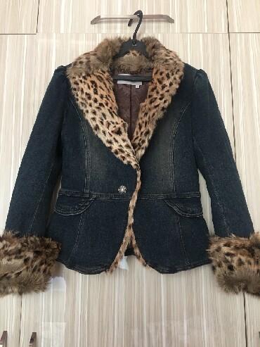 джинсовая куртка с мехом женская в Кыргызстан: Джинсовая куртка с мехом made in Korea размер М 42,44 цена 1200 сом