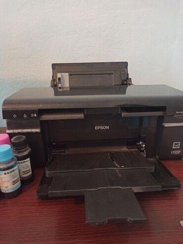 Cvetnoj printer epson p50 - Кыргызстан: Продаю цветной принтер Epson p50, пользовались 3 года, 6 цветов, прода