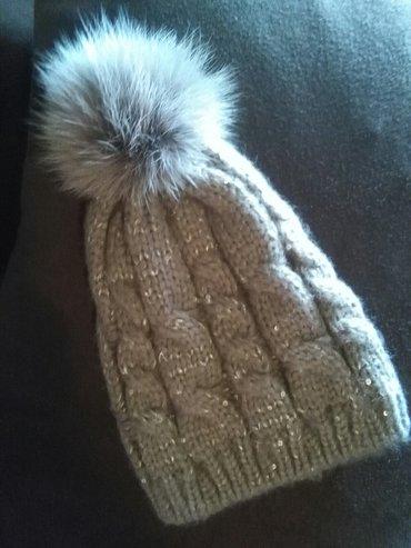 Nova ženska zimska kapa sa etiketom - Kragujevac