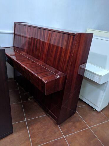 Gəncədə Belarus Piano satilir.Catdirilma ilə