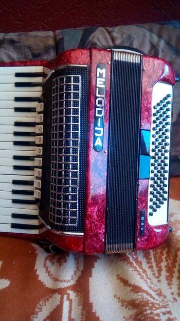 Harmonike | Srbija: Na prodaju xarmonika melodija 80basa 9+2reg u odlicnom.stanju ko nova