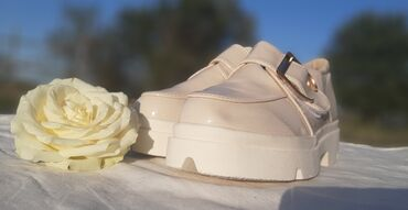 женская обувь новое в Ак-Джол: Ботинки лакированные 36-41