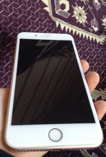 İşlənmiş iPhone 8 Plus 64 GB Cəhrayı qızıl (Rose Gold)
