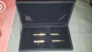 HEMIJSKA.CROSS. orginal kvalitetna i pozlacena hemijska olovka CROSS