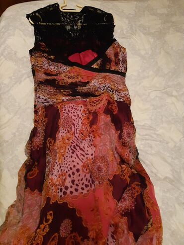 10428 elan | QADIN GEYIMLƏRI: Платье выходное. Материал марлевка.покупала за 300 отдаю за 100.один