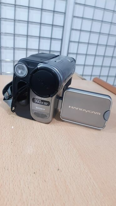 videokamera sony handycam в Азербайджан: Videokamera sony