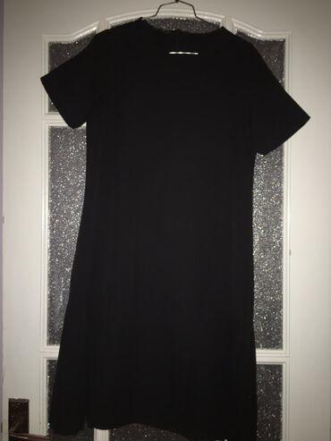 Чёрное элегантное платье, ниже колен, абсолютно новая, качество