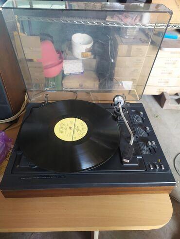 Виниловые пластинки - Кыргызстан: Продам проигрыватель виниловых пластинок! Электрофон 301м. В