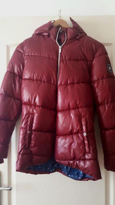 Nova jakna iz inostranstva. Velicina s, pise za visinu 164 cm. Moze i