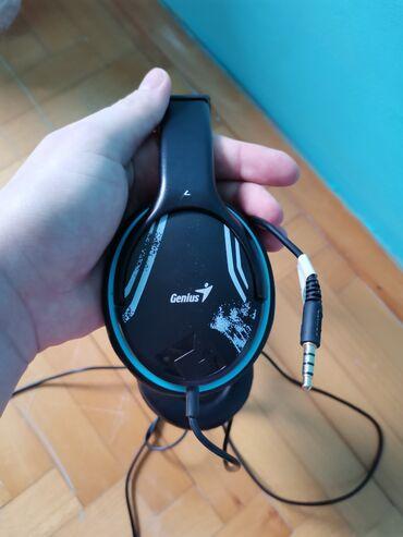 Sako crne boje - Srbija: Prodajem Slusalice marka Genius sa mikrofonom.Plave Crne boje. Jednom