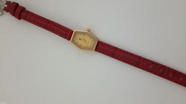 Кварцевые часы золотые с вставкой хрусталь.585 проба. в Бишкек