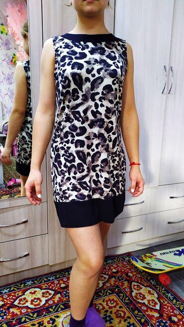 Платье 500 сом. Продаю хорошее коктельное платье. Трикотаж, ткань мягк