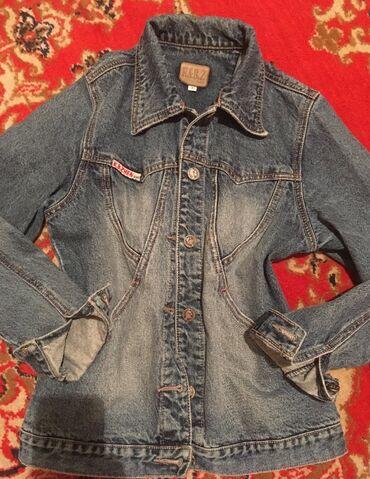 Курточка фирменная настоящие джинсы, без пятен очень хорошем