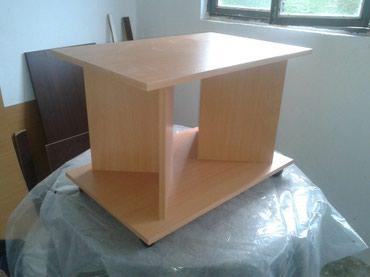 -Klub sto se izradjuje od univera debljine 18 mm u bukva dekoru - Belgrade