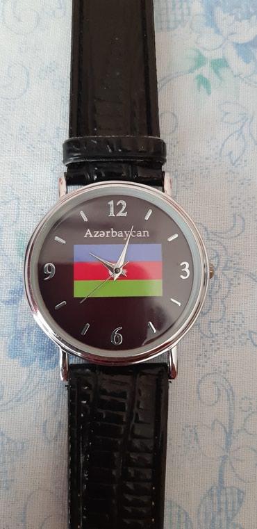 adlı - Azərbaycan: Saat Russiyada Azerbaycan gunleri adli sergi uchun istehsal olunub