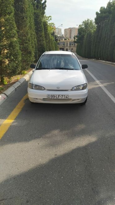 hyundai sonata kredit satisi - Azərbaycan: Hyundai Accent 1.3 l. 1995 | 300000 km