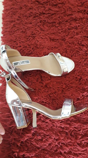 Nove sandale 39 br. - Pancevo - slika 2