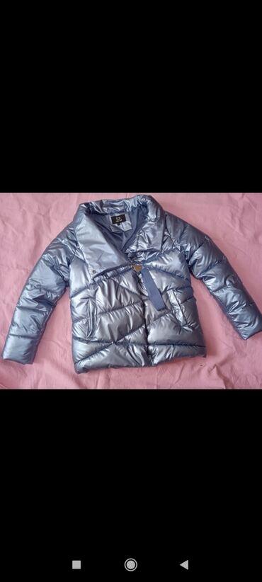 двойка одежда в Кыргызстан: Продаю женские одежды. Куртка новые 3000сом. Туника 500сом. Двойка (Гу