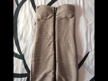 Krem haljinica, nosena jednom, nema mana, velicina S  - Novi Sad