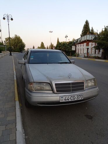122 elan   NƏQLIYYAT: Mercedes-Benz C 200 2 l. 1994   627500 km