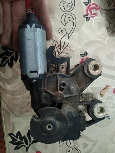 volkswagen-touareg-ii в Азербайджан: Двигатель стеклоочистителя зaднего стекла - Volkswagen Touareg I 2002