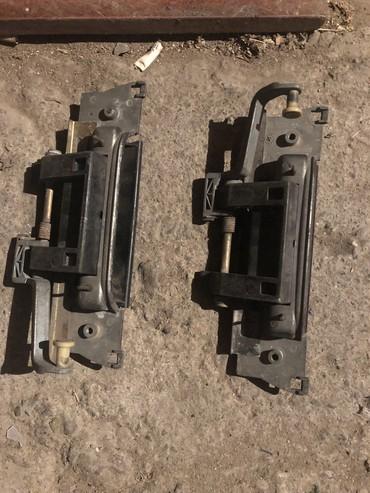 Продам задние дверные наружние ручки на ВМВ е36 2 шт за 800сом в Сокулук