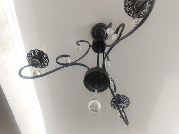 Декор для дома - Кыргызстан: Продаю люстру новую, 3х рожковая люстра черная хрустальная люстра