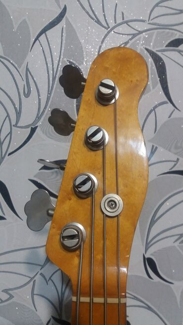 Fender bullit original bass