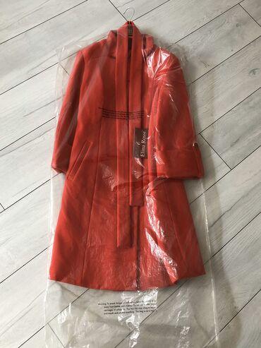 болоневое-пальто в Кыргызстан: Новое Турецкое кашемировое пальто.  Размер 40  (Торг уместен)  Зимой б