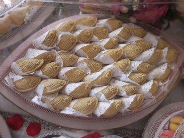 Bakı şəhərində Şəkərbura badambura , şaftalı , paxlava
