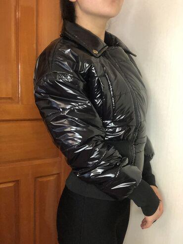Продаётся новая куртка !!!(С этикеткой)  Осень-весна (наполнитель пух)