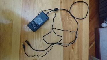 Продаю адаптер для зарядки ноутбука. в Бишкек