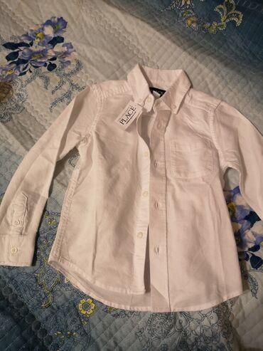 детские обувь в Кыргызстан: Продаю новую белую рубашку на мальчика. Заказывали с Америки, размер н