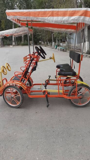 Продается четырехколесный велосипед заводского изготовления. Можно
