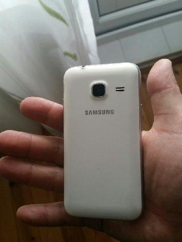 Samsung galaxy j1 - Азербайджан: Б/у Samsung Galaxy J1 Mini 8 ГБ Белый
